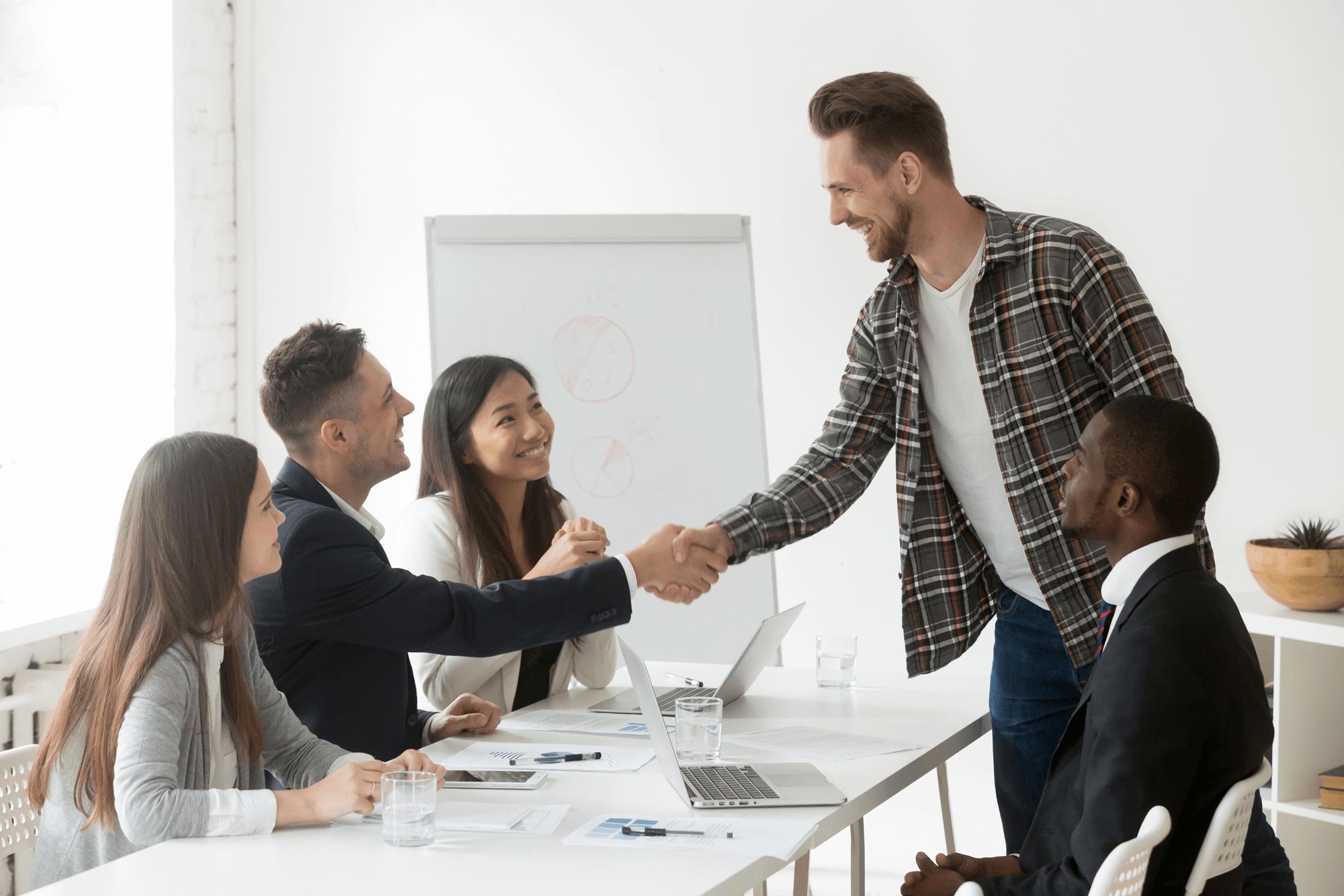 Klantwaarde verhogen | 5 oplossingen | Hoe stuur je klantwaarde?