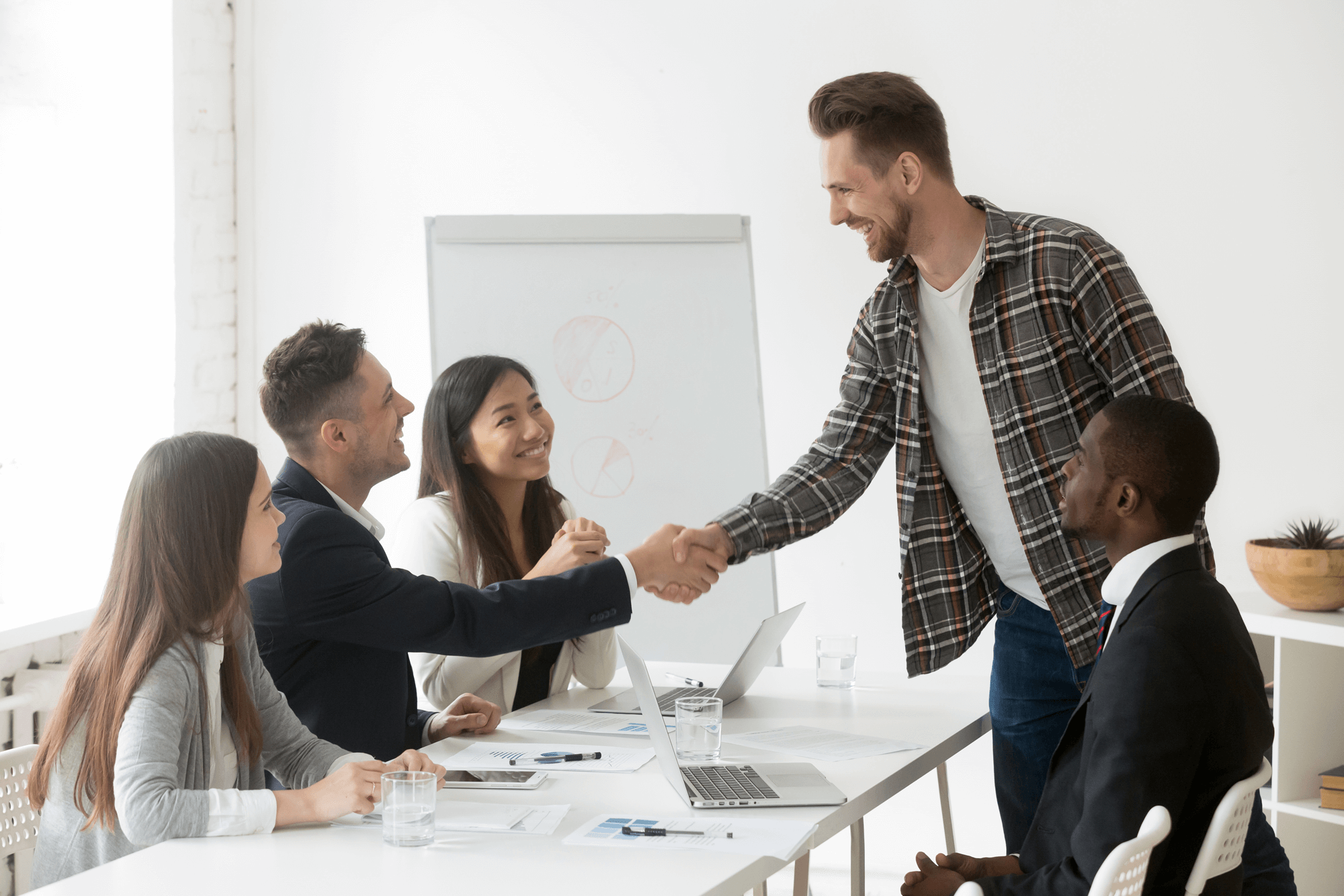 Klantwaarde verhogen   5 oplossingen   Hoe stuur je klantwaarde?